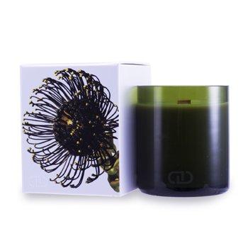 DayNa Decker Multizmyslová sviečka Botanika s ekologickým knôtom – Taiga  170g/6oz